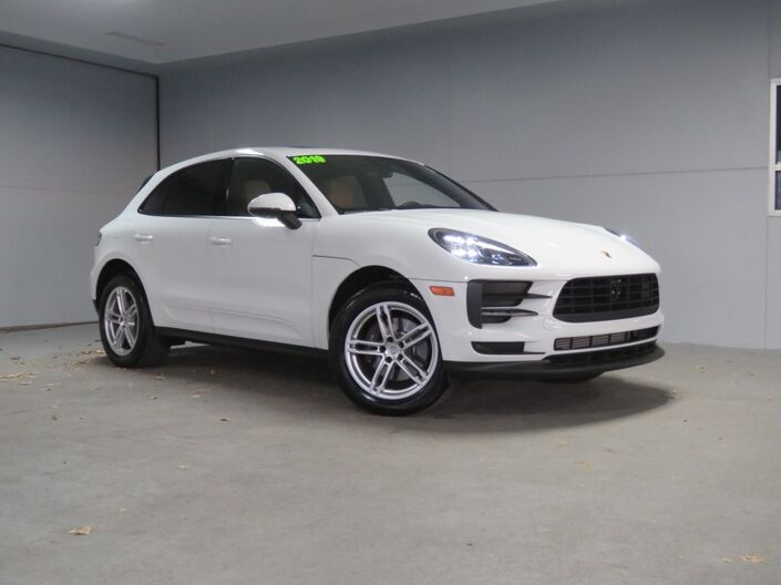 2019 Porsche Macan  Merriam KS