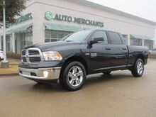 2019_RAM_1500 Classic_Big Horn Crew Cab 4WD*BLUETOOTH CONNECTION,PARKING SENSORS,REMOTE START, UNDER FACTORY WARRANTY!_ Plano TX