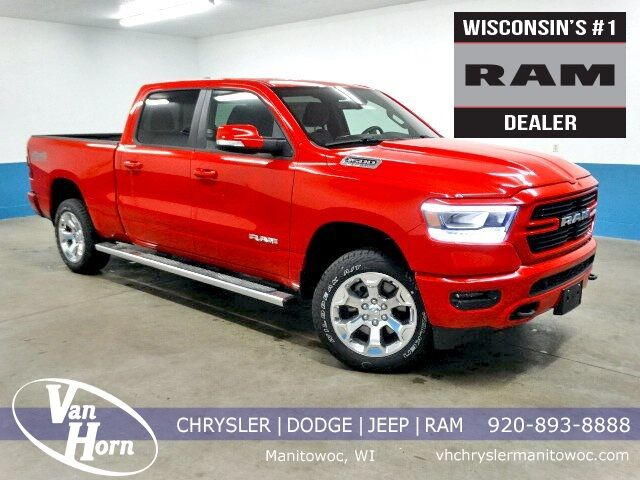 2019 Ram 1500 BIG HORN / LONE STAR CREW CAB 4X4 6'4 BOX Plymouth WI