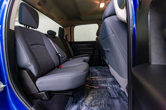 2019 Ram 1500 Classic 4x4 Crew Cab Express Night BCam Red Deer AB