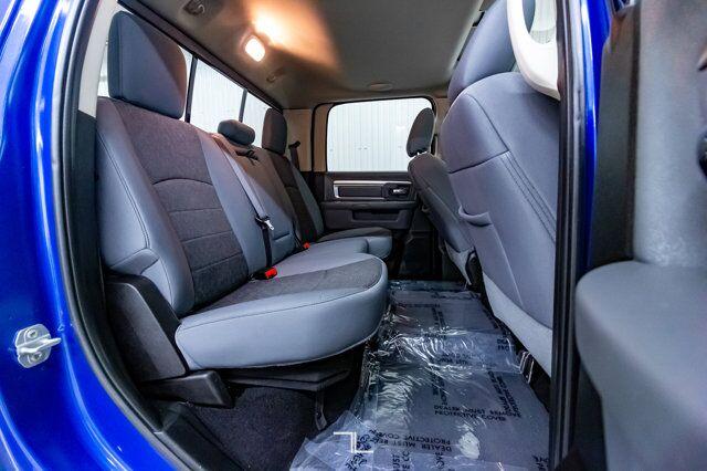 2019 Ram 1500 Classic 4x4 Crew Cab Warlock Roof Nav BCam Red Deer AB
