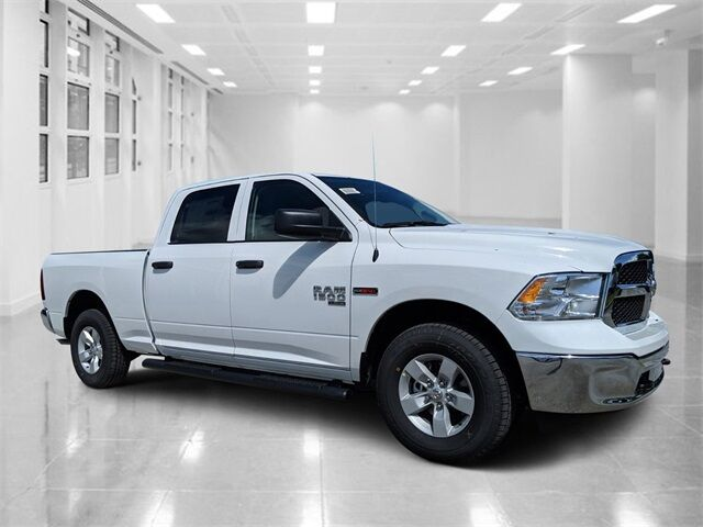 2019 Ram 1500 Classic TRADESMAN CREW CAB 4X4 6'4 BOX Winter Haven FL