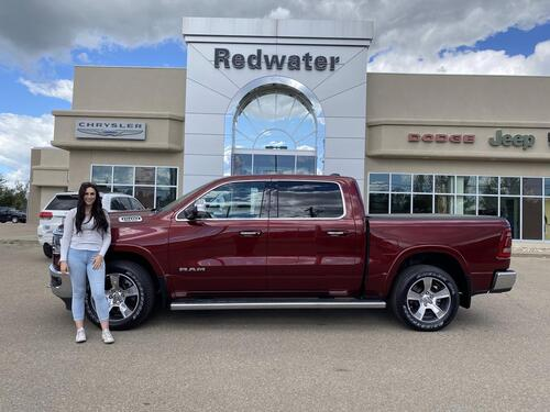 2019_Ram_1500_Laramie Crew Cab - ONLY 13,931KMs - 12inch Screen - Panoramic Sunroof - Like New_ Redwater AB