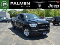 Ram 1500 TRADESMAN QUAD CAB 4X4 6'4 BOX 2019