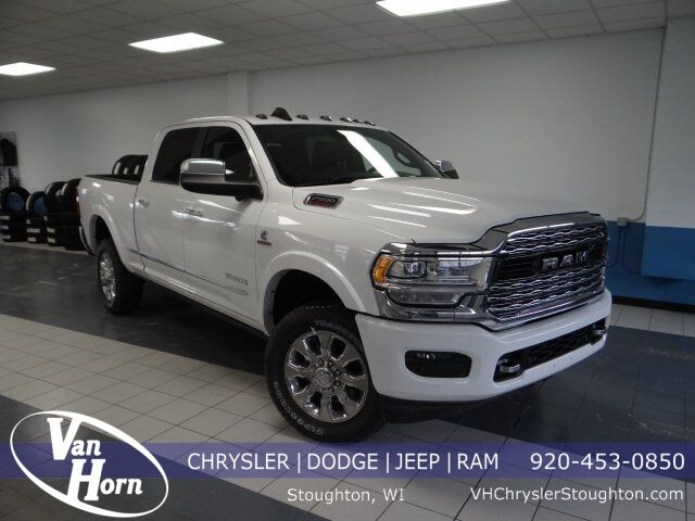 2019 Ram 2500 LIMITED CREW CAB 4X4 6'4 BOX Plymouth WI