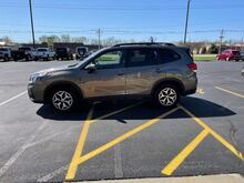 2019_Subaru_Forester_Premium_ Jacksonville IL