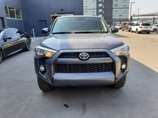 2019 Toyota 4Runner SR5 | LEATHER | SUNROOF | ***LOW KM*** Calgary AB