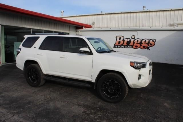 2019 Toyota 4Runner SR5 4WD Fort Scott KS
