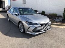 2019 Toyota Avalon 4DR LIMITED