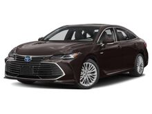 2019_Toyota_Avalon_Hybrid Limited_ Hattiesburg MS