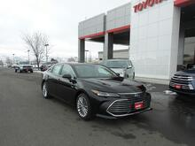 2019_Toyota_Avalon_Hybrid Limited_ Pocatello ID