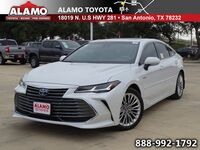 Toyota Avalon Hybrid Limited 2019