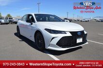 2019 Toyota Avalon Hybrid XSE Grand Junction CO