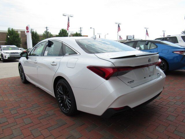 2019 Toyota Avalon Hybrid XSE Green Bay WI