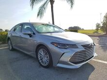 2019_Toyota_Avalon_Limited_  FL