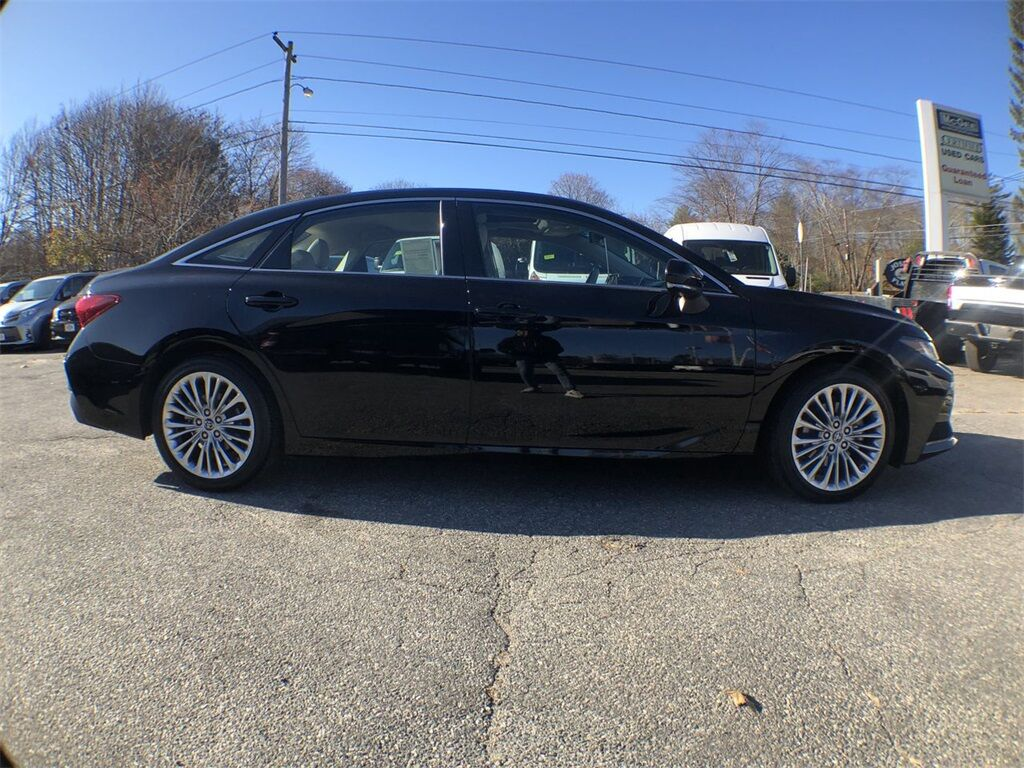 2019 Toyota Avalon Limited Dudley MA