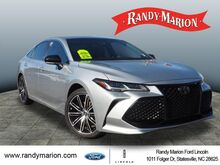 2019_Toyota_Avalon_Limited_ Hickory NC