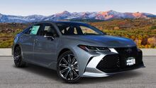 2019_Toyota_Avalon_Touring_ Trinidad CO