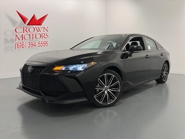 2019 Toyota Avalon XSE Holland MI