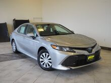 2019_Toyota_Camry Hybrid_LE_ Epping NH