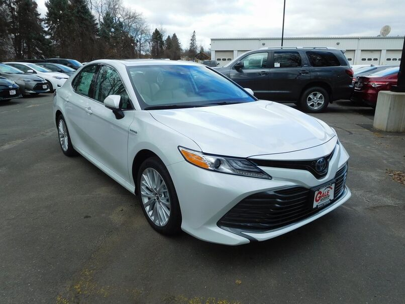 2019 Toyota Camry Hybrid XLE Enfield CT