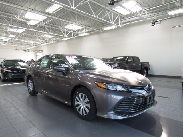 2019 Toyota Camry L Green Bay WI