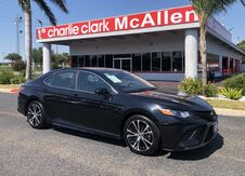 2019_Toyota_Camry_SE_ Brownsville TX