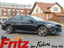 2019_Toyota_Camry_SE_ Fishers IN