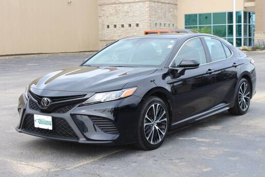 2019 Toyota Camry SE Fort Wayne Auburn and Kendallville IN