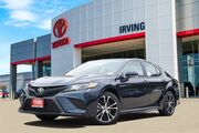 2019 Toyota Camry SE Video