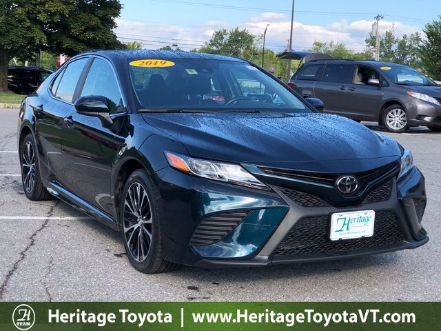 2019 Toyota Camry SE South Burlington VT