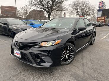 2019_Toyota_Camry_SE_ Worcester MA