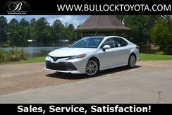 2019_Toyota_Camry_XLE_ Louisville MS