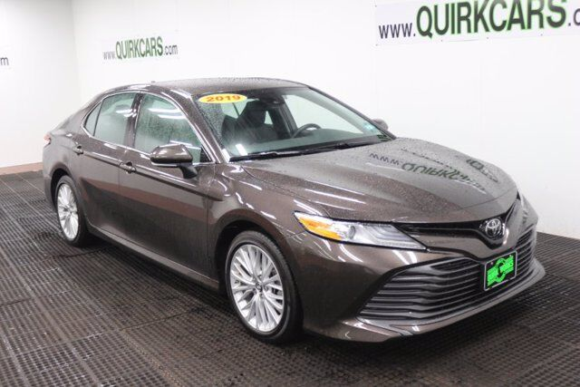 2019 Toyota Camry XLE LE Auto Manchester NH