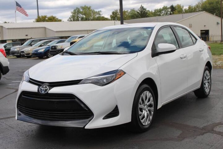 2019 Toyota Corolla LE Fort Wayne Auburn and Kendallville IN