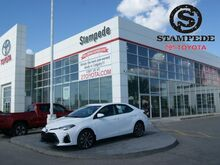 2019_Toyota_Corolla_SE Upgrade Package_ Calgary AB