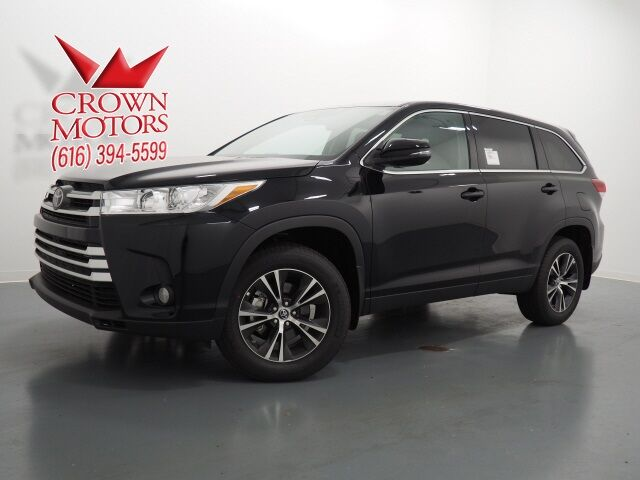 2019 Toyota Highlander  Holland MI