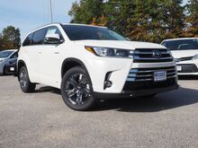 2019_Toyota_Highlander Hybrid_Limited Platinum_ Epping NH