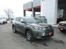 2019_Toyota_Highlander_Hybrid Limited Platinum_ Pocatello ID