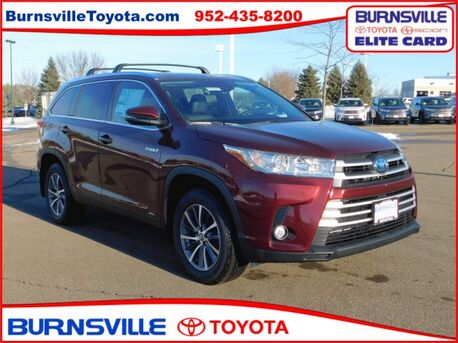 2019_Toyota_Highlander Hybrid_XLE_ Burnsville MN