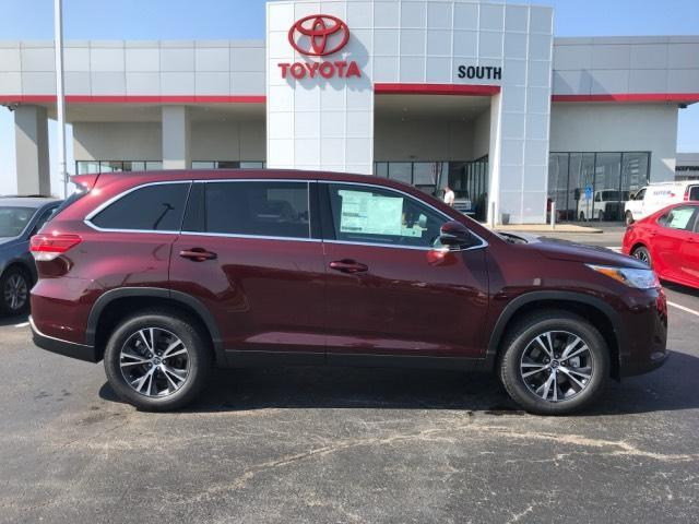 2019 Toyota Highlander LE - FWD Richmond KY