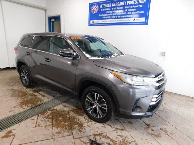 2019 Toyota Highlander LE Listowel ON