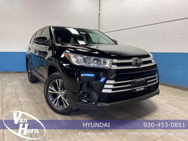 2019 Toyota Highlander LE Milwaukee WI