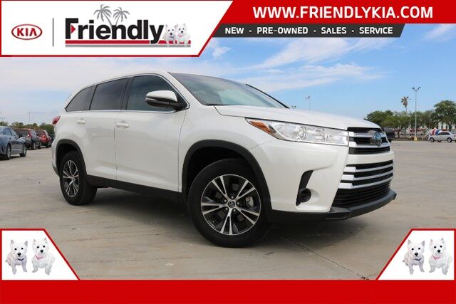 2019 Toyota Highlander LE New Port Richey FL