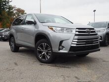 2019_Toyota_Highlander_LE Plus_ Epping NH