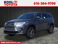 2019 Toyota Highlander LE Plus Grand Rapids MI