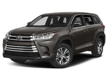 2019_Toyota_Highlander_LE Plus_ Hattiesburg MS