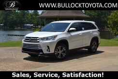 2019_Toyota_Highlander_LE Plus_ Louisville MS