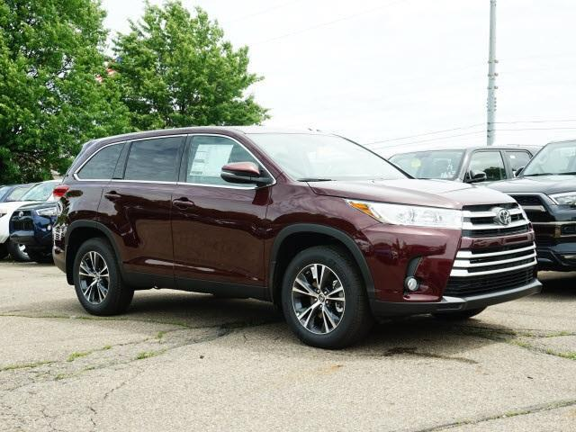 2019 Toyota Highlander LE Plus V6 AWD Cranberry Twp PA