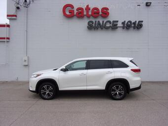 2019_Toyota_Highlander_LE_ Richmond KY